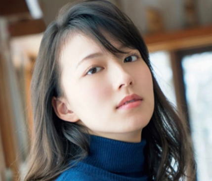 阿部華也子のバスト、カップサイズは?スリーサイズと胸の大きさが分かる画像、動画あり